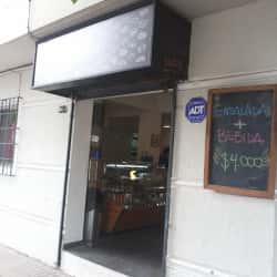 Cafetería Take Eat en Santiago