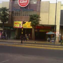 Supermercado Santa Isabel - Portal Vivaceta en Santiago