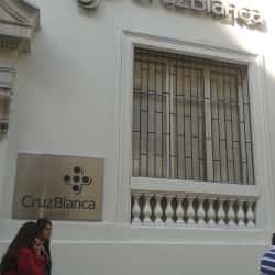 Cruz Blanca - Moneda en Santiago