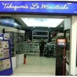 Le Moustache - Mall Alto Las Condes en Santiago