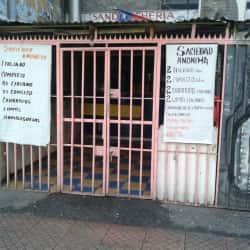 Sandwichería Sociedad Anónima en Santiago
