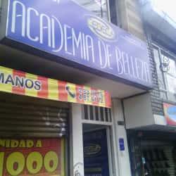 Academia de Belleza Cedeca en Bogotá