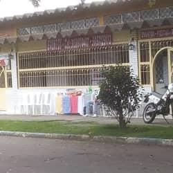 Puesto Salpicón y Emparedados Calle 17 Sur con 41 en Bogotá