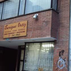 Enrique Ortiz Sastrería en Bogotá