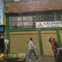 Calzado Punto de Fábrica Andando en Bogotá