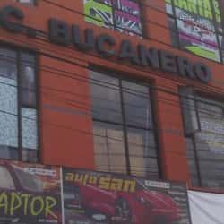 Centro Comercial Bucaneros en Bogotá