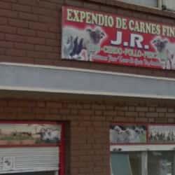Expendido de Carnes Frutas JR en Bogotá