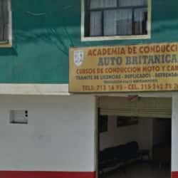 Academia de Automovilismo Autobritanica en Bogotá
