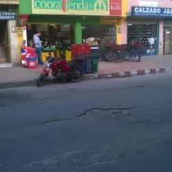 Cooratiendas Carrera 102A en Bogotá