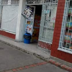 Cigarreria y Supermercado El Vecino  en Bogotá