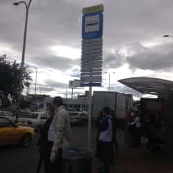 Paradero SITP Centro Comercial Iserra 100 - 136A02 en Bogotá
