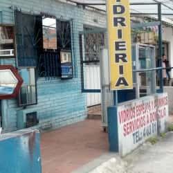 Vidrios Espejos y Aluminios GB en Bogotá