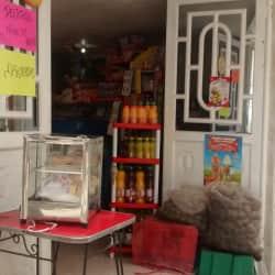 Tienda Carrera 16 con 181 en Bogotá