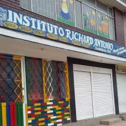 Instituto Richard Antonio  en Bogotá