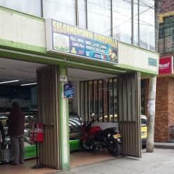 Salsamentaria Surtipollo en Bogotá