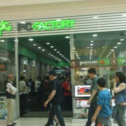 Pc Factory - Mall Plaza Vespucio en Santiago