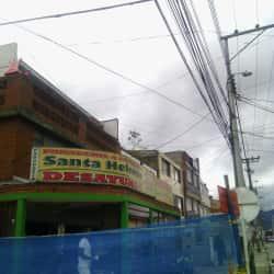 Panaderia & Pasteleria Santa Helenita en Bogotá