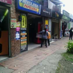 Mensajeria & Papeleria 127  en Bogotá