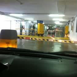 Estacionamiento Republic Parking en Santiago