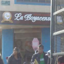 Panaderia Pasteleria La Boyasence en Bogotá