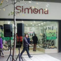 Simona Estado en Santiago