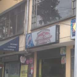 Panaderia y Pasteleria Santo Tomas en Bogotá