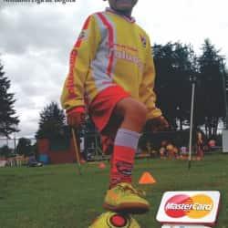 Escuela de Futbol Saludclub Salitre en Bogotá