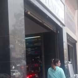 Centro Comercial Antunez en Santiago
