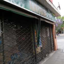 Botillería y Minimarket Nathan en Santiago