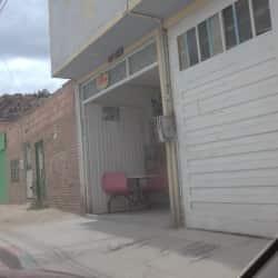 Tienda Carrera 8 Carrera 8 con 7D en Bogotá