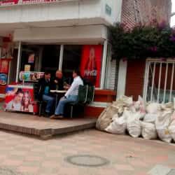 Pastelería y Frutería JG  en Bogotá