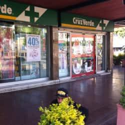 Farmacias Cruz Verde - Apumanque / El Faro en Santiago