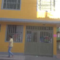 Tienda de Barrio Carrera 122A con 66B en Bogotá