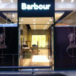Barbour - Casa Costanera en Santiago