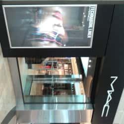 MAC Cosmetics - Mall Plaza Vespucio en Santiago