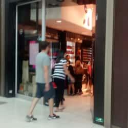Make Up Express - Mall Plaza Norte en Santiago