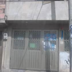 Tienda De Barrio Carrera 87J # 50 en Bogotá