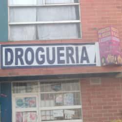 Droguería Calle 52  en Bogotá
