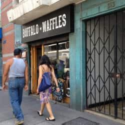 Buffalo Waffles - Merced en Santiago