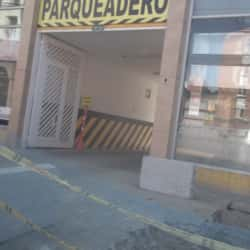 Parqueadero Carrera 24 con 18 en Bogotá