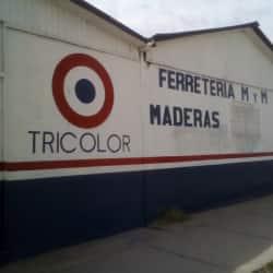 Comercial MYM en Santiago