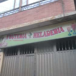 Frutería Heladería R. Tropical  en Bogotá