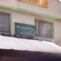 Alto Estilo Peluquería en Bogotá