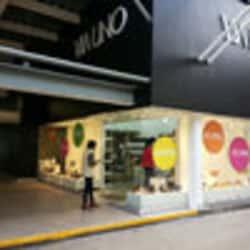 Via Uno Easton Outlet Mall en Santiago
