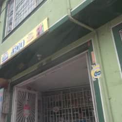Tienda de Barrio Carrera 81 con 66A en Bogotá