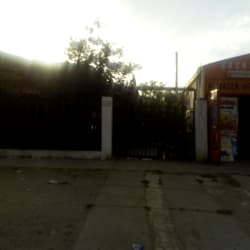 Almacén - Verdulería Cachupín en Santiago