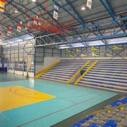 Gimnasio Polideportivo en Santiago