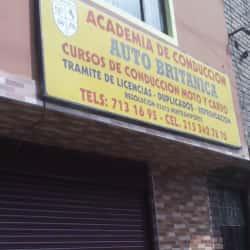 Academia de Conducción Auto Británica en Bogotá