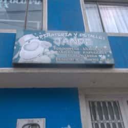 Piñateria y Detalles Jande en Bogotá