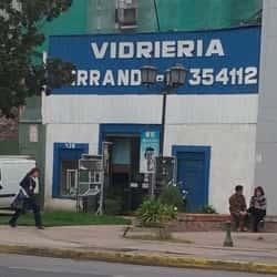 Vidriería Ferrando en Santiago